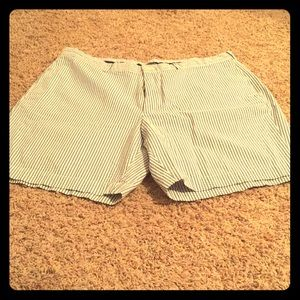 Men's Brooks Brothers seersucker shorts